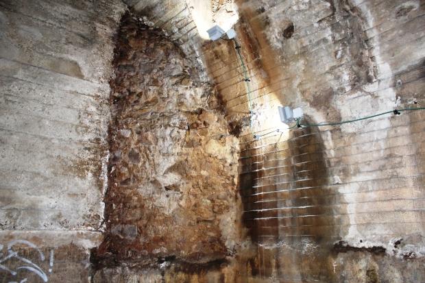 tunel_fragmento muralla