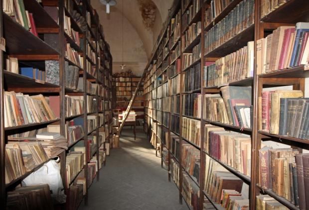 18_2_Biblioteca de Sant Felip Neri